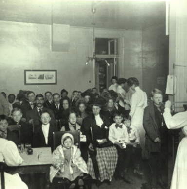 Out-Patient Clinic of the JCRS - Photo from the Chasing the Cure exhibit of the Beck Archives
